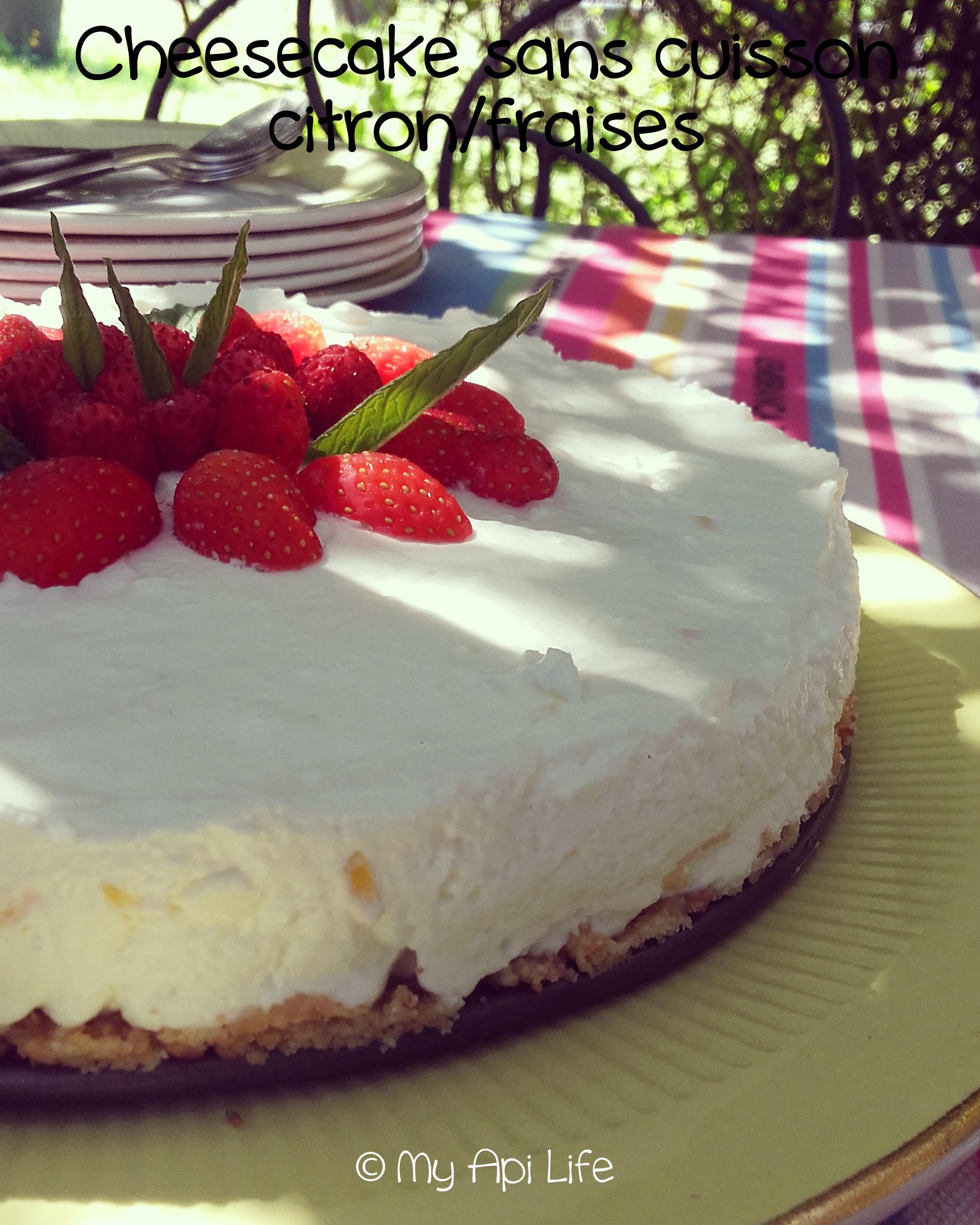 Cheesecake citron/fraises sans cuisson – Une abeille en ...