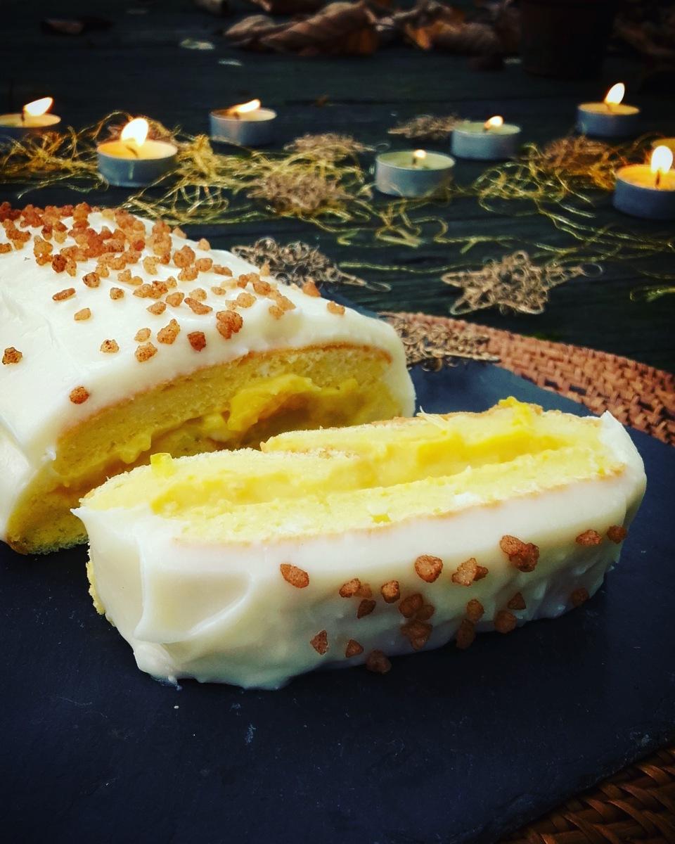 bûche roulée, curd orange et miel, glaçage au cream cheese