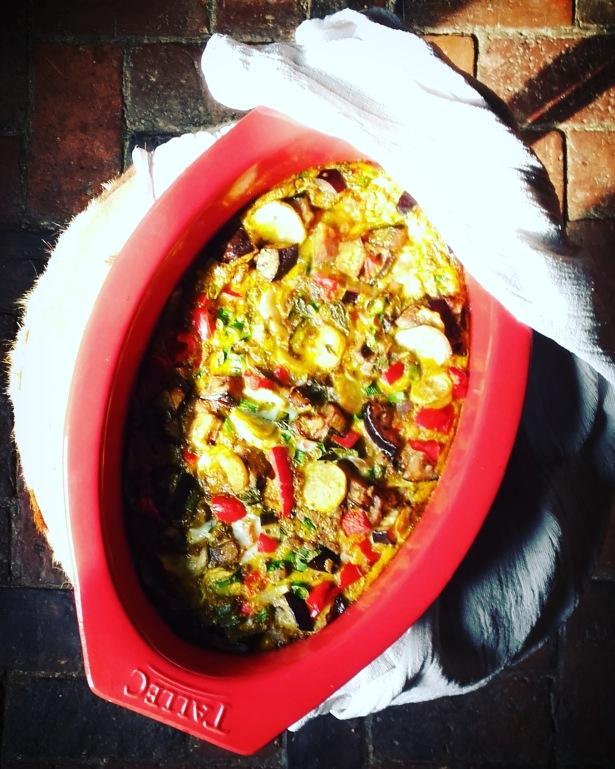 Omelette aux légumes d'été et curry au four