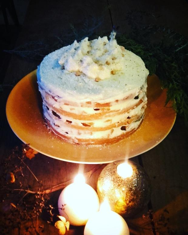Gingerbread naked cake compotée d'ananas mi-figue mi-raisin