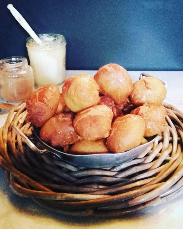 beignets miel cannelle pour Mardi Gras
