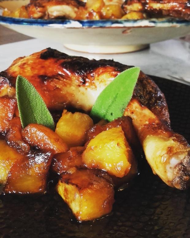Cuisses de poulet laquées à l'ananas rôti
