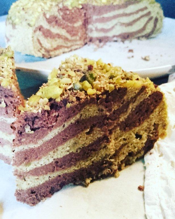 Cake marbré pistaches-matcha-chocolat à la vapeur douce