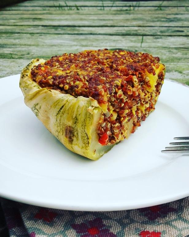 courgette farcie au quinoa rouge et aux légumes